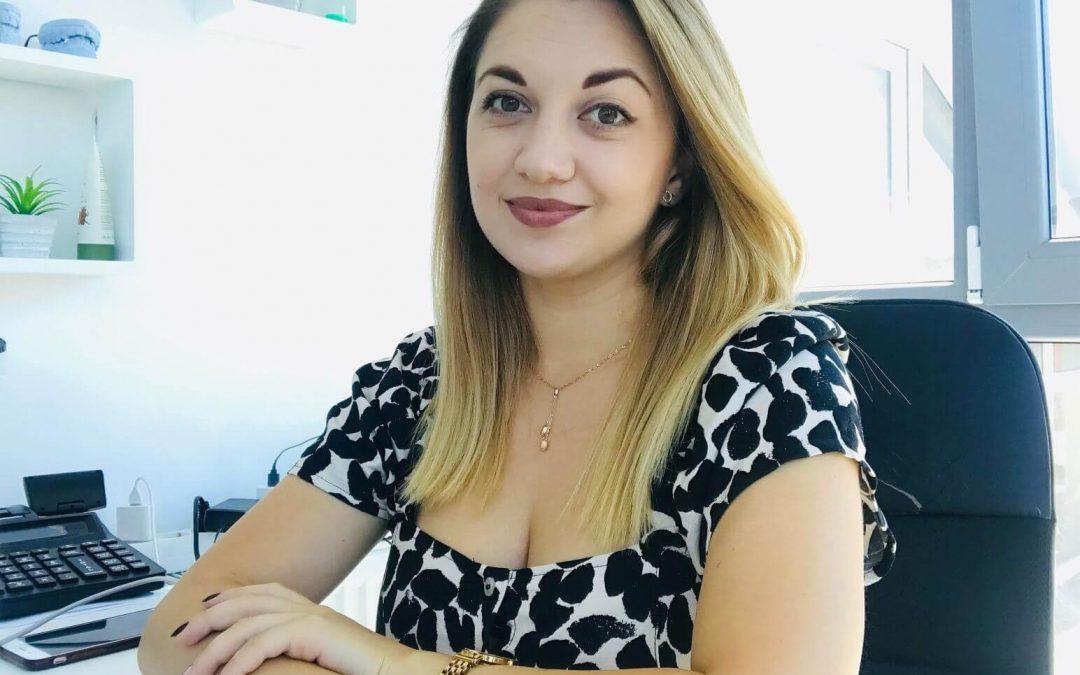 Dr Andreea Lingurariu despre ce este parodontoza si cum o tratam